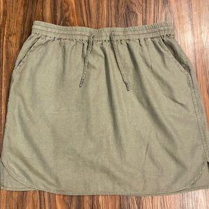 Linen skirt, size M